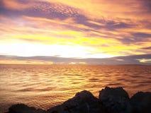 Plage de plage de coucher du soleil de Coucher de soleil images libres de droits