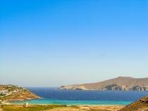 Plage de Ftelia en mer Égée de Mykonos en Grèce Photo libre de droits