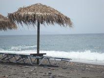 Plage de Kamari Santorini Photo stock