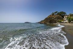 Plage de Kandouni, île de Kalymnos Image libre de droits