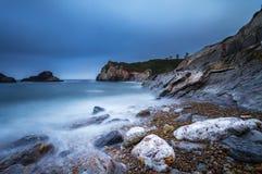 Plage de klaxon, salines Asturies au nord de l'Espagne photographie stock libre de droits