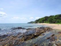 Plage de Klong Tob, emplacement sur l'île de Lanta Images libres de droits
