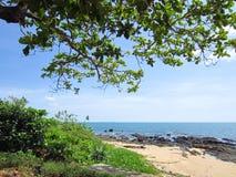 Plage de Klong Tob, emplacement sur l'île de Lanta Image stock