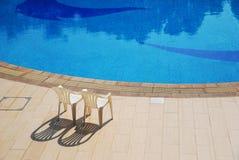 Plage de la piscine photo stock