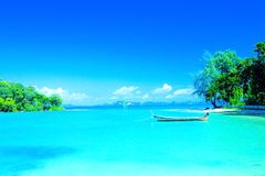 plage de lagune dans le compartiment de ressource de Krabi, Thaïlande. Images libres de droits