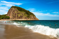 Plage de Leme en Rio de Janeiro photographie stock libre de droits