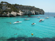 Plage de Macarella dans Menorca (Espagne) Photographie stock libre de droits