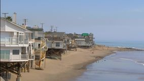 Plage de Malibu ? la route de C?te Pacifique - MALIBU, Etats-Unis - 29 MARS 2019 clips vidéos