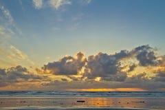 Plage de Manzanita, OU coucher du soleil photographie stock libre de droits