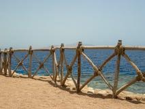 Plage de mer de barrière Images libres de droits