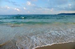 Plage de mer de sud de la Chine, Hainan ; Sanya, baie de Yalong, peut 2011 Photo libre de droits
