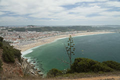 Plage de Nazare, Portugal Photographie stock libre de droits