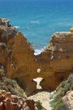 Plage de Ninho DA Andorinha dans Algarve, Portugal Images libres de droits