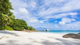 Plage de paradis à l'anse Latium sur les Seychelles 81 Photo stock