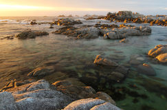 Plage de parc d'état d'Asilomar, près de Monterey, la Californie, Etats-Unis Photos stock