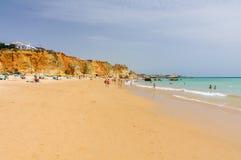 Plage de Portimao, DOS Tres Castelos, Algarve, Portugal de Praia image stock