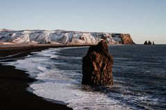 Plage de Reinsfjara, Islande Photo stock