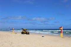 Plage de ressac dans NSW du nord, Australie Images stock