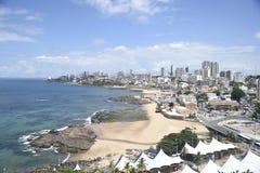 Plage de Rio Vermelho, dans Salvador, photo stock