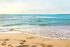 Plage de sable d'océan Image stock