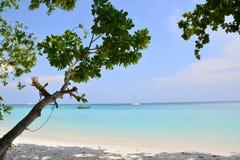 Plage de sable de mer Photographie stock libre de droits