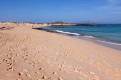 Plage de sable en été Images libres de droits