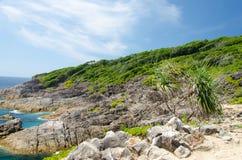 Plage de sable et eau de mer tropicales Images libres de droits