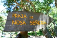 Plage de Senora de remèdes de charlatan dans des îles d'Islas Cies de Vigo photos stock