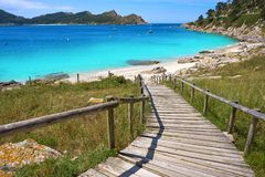 Plage de Senora de remèdes de charlatan dans des îles d'Islas Cies de Vigo image stock