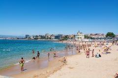 Plage de Tamariz à Estoril, Portugal photos stock