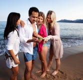 Plage de vacances de portable Image stock