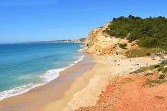 Plage de Velhas de cabanes, Algarve, Portugal photographie stock