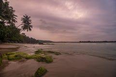 Plage de Vengurla pendant le coucher du soleil, Vengurla, Sindhudurga, maharashtra, Inde photographie stock libre de droits