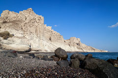 Plage de Vlychada dans Santorini Photographie stock libre de droits