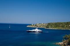 Plage de voyage de l'Europe de mer de bateau de la Grèce Vathy Photos stock