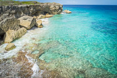Plage de Wataluma - vues du Curaçao images stock