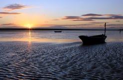 Plage Dorset de coucher du soleil image libre de droits