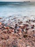 Plage du golfe d'Aqaba sur la Mer Rouge dans la soirée Image libre de droits