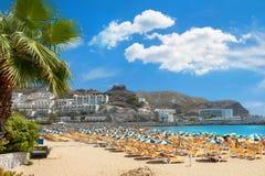 Plage du ` s du Porto Rico Station de vacances jaune canari, mamie Canaria Photos stock