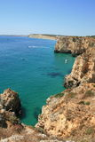 Plage du sud du Portugal Image stock