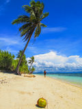 Plage en île de Pamilacan, Philippines Photographie stock