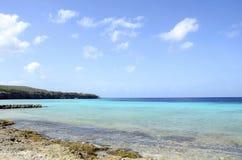 Plage en île du Curaçao, mer des Caraïbes image libre de droits