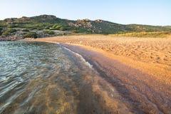 Plage en Costa Paradiso, Sardaigne, Italie Photo libre de droits
