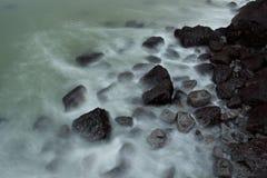 Plage en pierre Photo stock