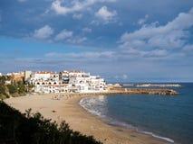 Plage et maisons sur le dorada espagnol de côte Photos libres de droits