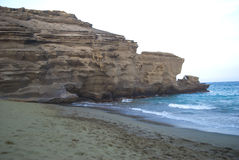 Plage Hawaï de sable de vert de Papakolea Photographie stock libre de droits