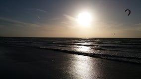 Plage Hollande de lever de soleil photos stock