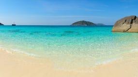 Plage immaculée, tropicale, blanche de sable en Asie du Sud-Est Photo stock