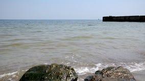 Plage la Mer Noire banque de vidéos