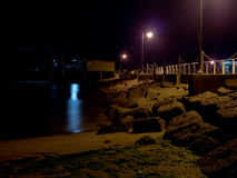 Plage la nuit Photo stock